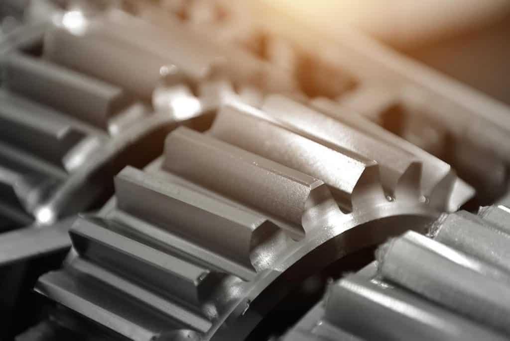 meccanica industriale, ingranaggi in acciaio inox, duplex e leghe di nichel